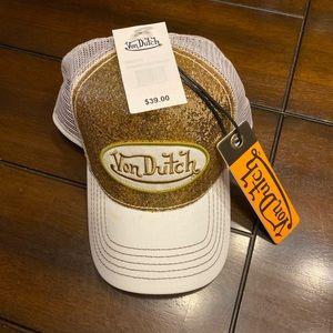 Von Dutch Gold Glitter Trucker Hat NWT